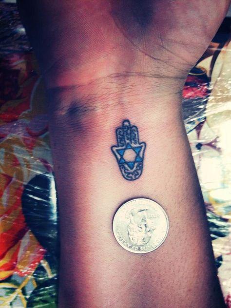 Hamsa tattoo #tattoo #jewishink #tinyink #hamsa