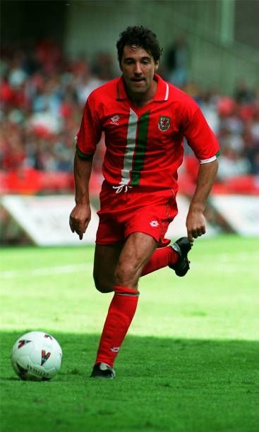 Dean Saunders Wales Pictures And Photos Wales National Football Team