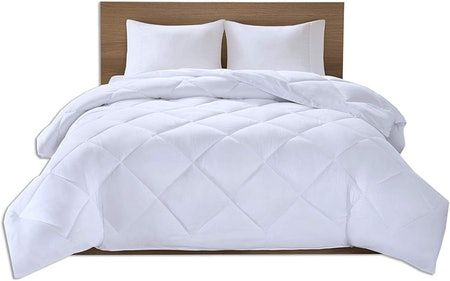 The 7 Best Comforters To Keep You Cool All Night Sleep Comfortably Comforters Cool Comforters