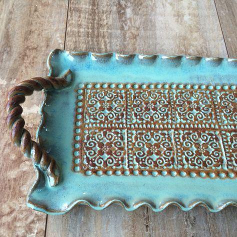Handmade ceramic tray with handles Pottery Plates, Slab Pottery, Pottery Mugs, Ceramic Pottery, Thrown Pottery, Pottery Wheel, Slab Ceramics, Pottery Handbuilding, Art Diy