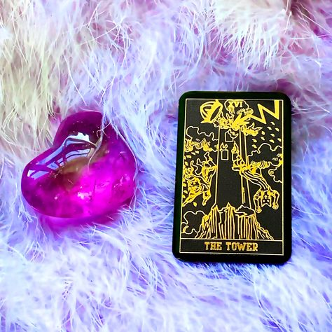 The Tower experiences are any experiences that shake up your foundational beliefs. I know the Tower card can be quite scary to some people but I've had unexpected great things happened right after the tower came up in a daily reading. What's your experience with the tower? #thetower #majorarcana #minitarot #oracledeck #tarottribe #tarotspread #tarotlove #tarotoftheday #tarotcardreading #cardoftheday #tarotcardoftheday #tarotcardoftheday #tarotdaily #dailyoracle #oracles #oraclecard