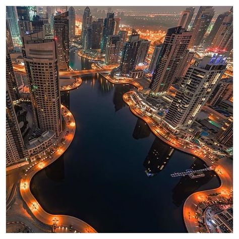 Inspired By Millionaire Surroundings I Would Break My Back For The People Who Would Push My Wheelchair Dubai Dubai City Travel Lifestyle