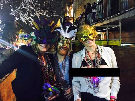 Chelsea Handler Flashes Bare Breasts on Twitter During Mardi Gras Celebration - Twitter