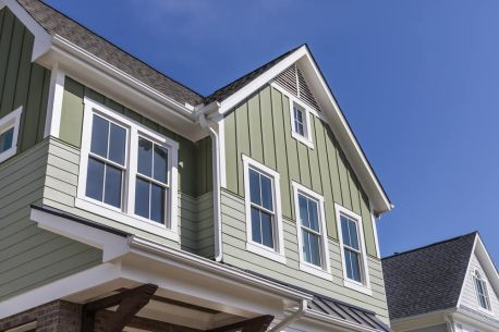I Love How The Siding On This House Is Applied In Two Different Directions This Really Adds A Lot Of Di Exterior Siding Options Siding Options Exterior Siding