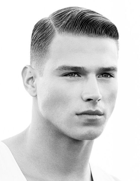 American Crew – Men's Hairstyles and Beard Models Army Haircut, Fade Haircut, Haircut 2017, Haircut Men, Revlon, Hair And Beard Styles, Curly Hair Styles, Undercut With Beard, Men Undercut