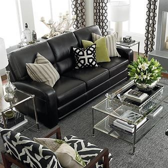 Comment Decorer Une Salle De Sejour Avec Un Canape En Cuir Noir Decoration De Maison Decorer Canape Decoration Salon Canape Noir Deco Canape Cuir