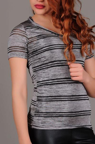 Bayan Tisort V Yaka Cizgili Simli T Shirt Moda Dugun Marjinal Spor Armine Deri Otantik Abiye Magaza Gunluk Tarzi Modavigo V Yaka Moda Trendler
