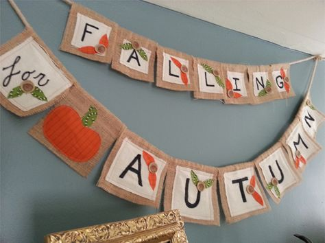 "Adorable ""Falling for Autumn"" Banner tutorial and cute fall mantle piece!!"
