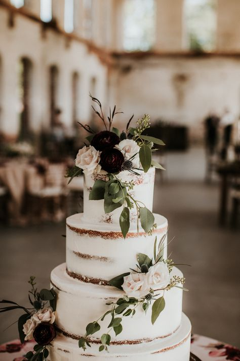 Pretty Wedding Cakes, Wedding Cake Rustic, White Wedding Cakes, Wedding Cakes With Flowers, Elegant Wedding Cakes, Wedding Cake Designs, Cake Wedding, Flower Cakes, Elegant Cakes