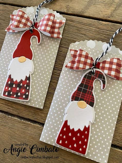 Gnome Gift Card Pockets with Bows (Cimbacreativefun) - Gnome Gift Card Pockets . - Gnome Gift Card Pockets with Bows (Cimbacreativefun) – Gnome Gift Card Pockets with Bows – - Christmas Gift Card Holders, Xmas Cards, Holiday Cards, Gift Cards, Christmas Gnome, Handmade Christmas, Christmas Crafts, Winter Karten, Handmade Gift Tags