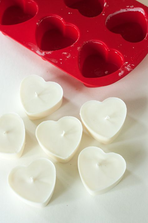 DIY: Heart Soy Candles #tutorial #handmade #candlemaking