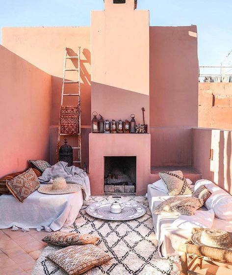 Moroccan decor for outdoor design with pink wall paint idea. Pinned ...