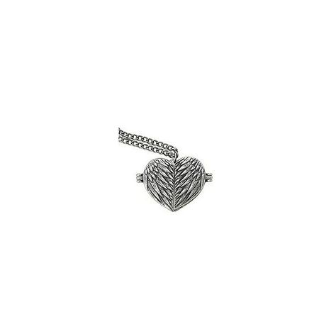 Supernatural Castiel Wings Heart Locket Necklace | Hot Topic ❤ liked on Polyvore featuring jewelry, necklaces, winged heart necklace, heart locket pendant, heart shaped pendant, locket necklace and locket pendant necklace