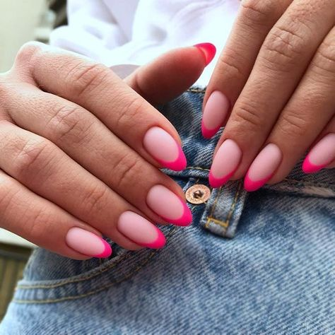 Many women choose almond nails as this shape is pretty and goes well with a huge number of nail designs. You can find some cute nail art here. Almond Nails Pink, Short Almond Nails, Almond Acrylic Nails, Almond Shape Nails, Best Acrylic Nails, Pink Tip Nails, Nail Pink, Short Almond Shaped Nails, Classy Almond Nails