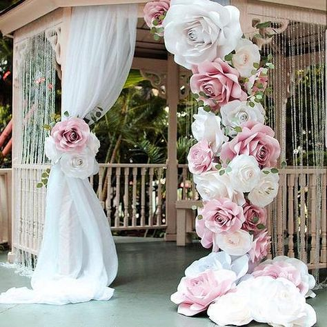 amazing backdrop using her Ann Neville Design rose template.Clever combination of drape and large oversized paper flowers make this dramatic site for Wedding Ceremony.Top 6 Wedding Decor Trends For 2018 Brides ❤︎ Wedding planning ideas & inspirat Giant Paper Flowers, Large Flowers, Diy Flowers, Paper Flower Wall, Large Artificial Flowers, Flowers Garden, Pink Paper, Foam Crafts, Craft Foam