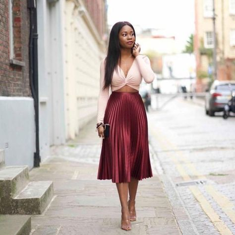 Outfit Inspiration. Metallic pleated skirt and cropped top. | How to Style Pleated Skirts in 2019