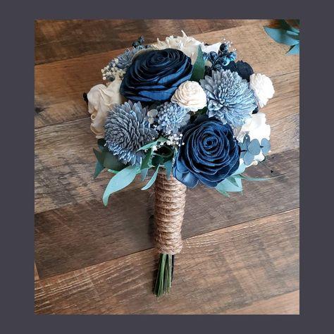 Blue Flowers Bouquet, Bridal Bouquet Blue, Navy Wedding Flowers, Diy Wedding Bouquet, Blue Bridal, Bridesmaid Bouquet, Wedding Cake, Navy Bouquet, Dark Blue Flowers