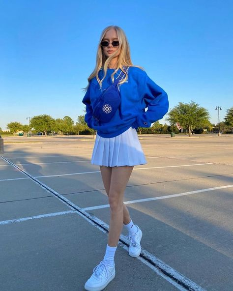 The 13 Best Pleated Miniskirts That Are Trending for 2020 Indie Outfits, Teen Fashion Outfits, Cute Casual Outfits, Retro Outfits, Preppy Skirt Outfits, Outfit With Skirt, School Skirt Outfits, Checked Skirt Outfit, School Skirts