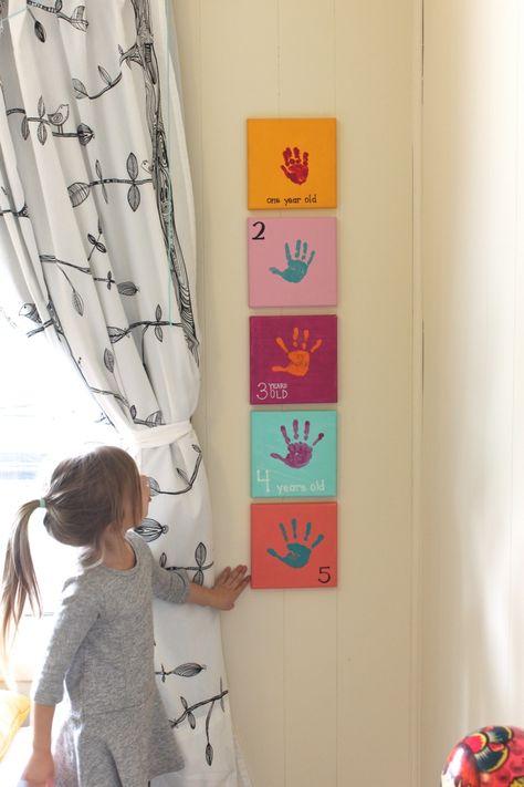 Un projet à bricoler avec la main de l'enfant à chaque année! Une idée charmante!