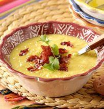 Sopa de maíz dulce con bacon