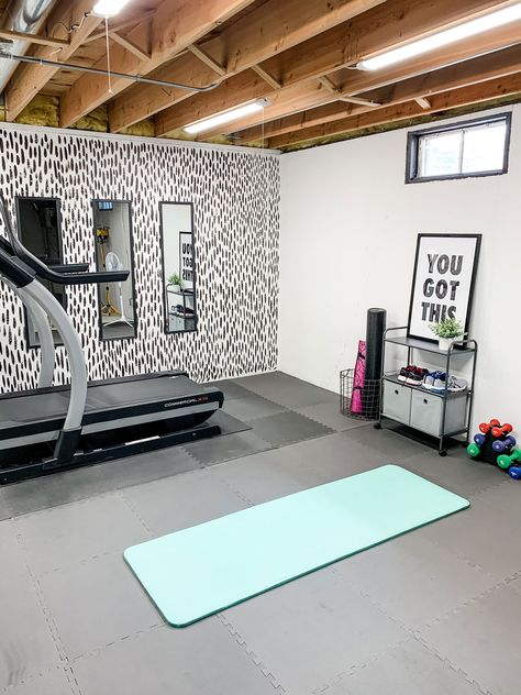 Home Gym Basement, Home Gym Garage, Diy Home Gym, Gym Room At Home, Home Gym Decor, Best Home Gym, Basement Remodeling, Home Gyms, Unfinished Basement Bedroom