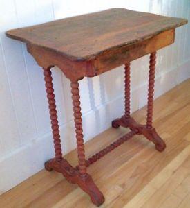 Antiquite Collection Magnifique Table En Pin Quenouilles Art Et Objets De Collection Levis Table En Pin Meuble Petit Meuble