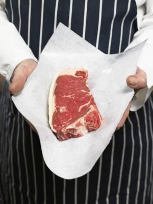 How To Cook Sirloin Steak In An Oven | LIVESTRONG.COM