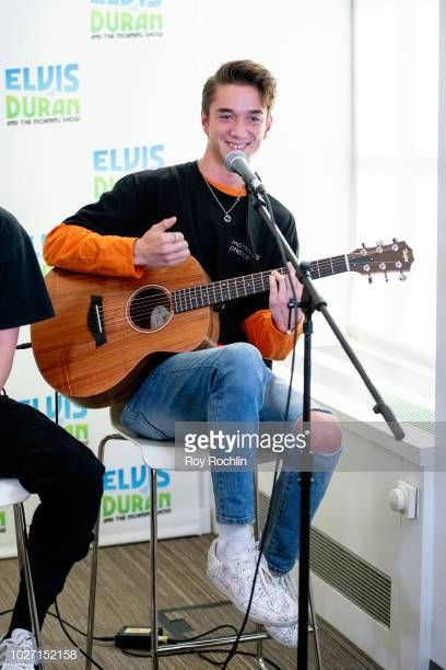 Daniel Seavey Of Why Don T We Visits The Elvis Duran Show Co Hosted