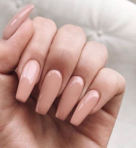Coffin nail is the most on-trend shape these years. This long and tapered shape extends beyond the end of the finger and comes to a narrow, squared-off tip said to resemble coffins or ballerina slippers. You love it but have trouble growing your nail