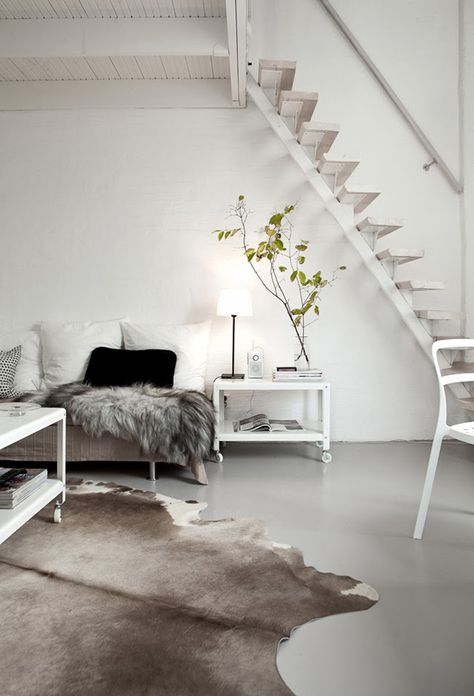 A BEAUTIFUL APARTMENT IN A SWEDISH FARMHOUSE - style-files.com