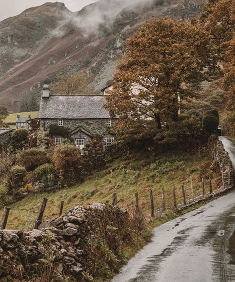 The Lake District UK December 31 2019 at Lake District, Beautiful World, Beautiful Places, Beautiful Homes, Fantasy Places, English Countryside, Looks Cool, Farm Life, Farm House
