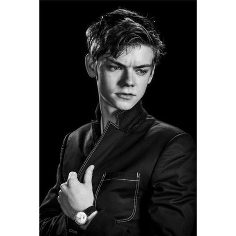 54e6750c629e9 Thomas Brodie-Sangster ❤ liked on Polyvore featuring boys, thomas brodie  sangster e thomas sangster