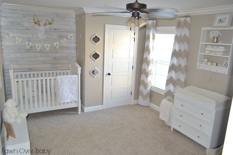 We can't get enough of this white-washed pallet wall in this rustic chic neutral nursery! {designed by @Fawn Gehweiler Gehweiler Gehweiler Gehweiler Gehweiler Over Baby} #nursery #neutral