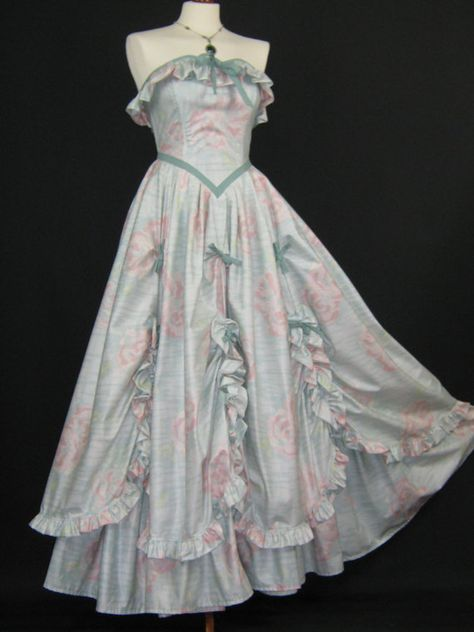 5cce64aefdc LAURA ASHLEY Vintage Victorian Swags   Tails Southern Belle Dress ...