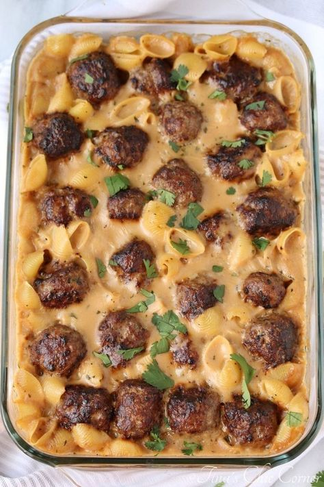 Swedish Meatball Pasta Bake This is the kind of comfort food dish that you make on the weekend.Think Swedish meatballs meets a casserole a - Swedish Meatball Pasta Bake – Tina's Chic Corner Ground Beef Dishes, Ground Beef Recipes, Venison Recipes, Hamburger Meat Recipes, Pork Sausage Recipes, Chicken Recipes, Hamburger Dishes, Meatloaf Recipes, Shrimp Recipes