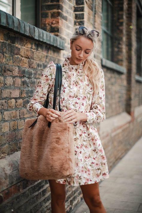 FRIDAY FAVOURITES - FALL FLORALS & FAUX FUR - Fashion Mumblr