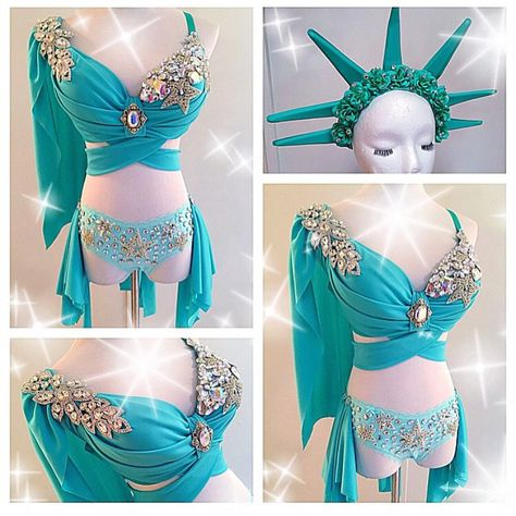 Lady Liberty  Such a cool costume idea✨  To custom order in time for Halloween please email us at: electriclaundry@gmail.com