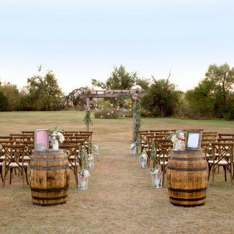 Farm Wedding, Wedding Tips, Wedding Planning, Gown Wedding, Field Wedding, Country Style Wedding, Summer Wedding Ideas, Cheap Wedding Ideas, Country Wedding Groomsmen