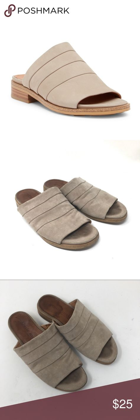 Gentle Souls by Kenneth Cole Gayle Leather Tan 8 Gentle Souls by Kenneth Cole Gayle Leather Tan 8  Slides. Sandals.   UpperA/a gentle souls Shoes Sandals
