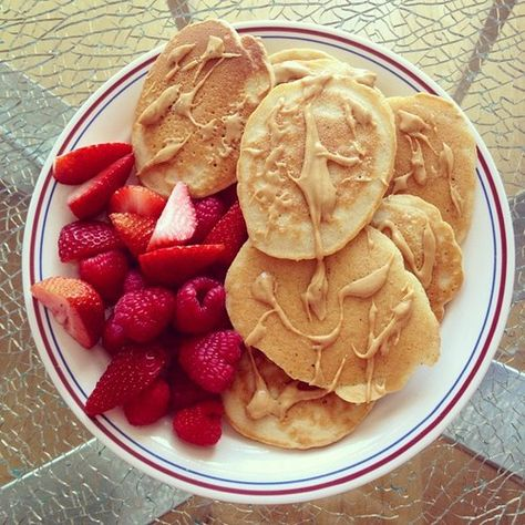 pancakes, strawberries and melted peanut butter