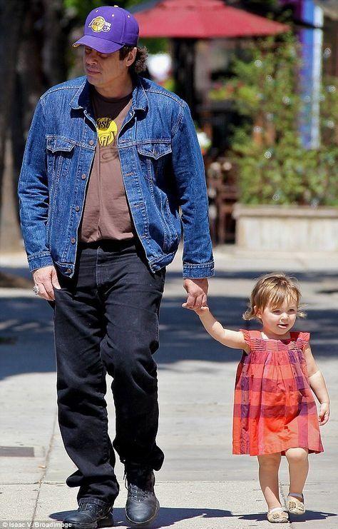 Benicio Del Toro Kimberly Stewart Delilah Genoveva Benicio Del Toro Daughter Beautiful People Actors