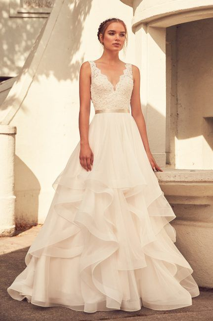 Scalloped V-neck Lace Bodice Tulle Skirt Wedding Dress by Paloma Blanca - Image 1