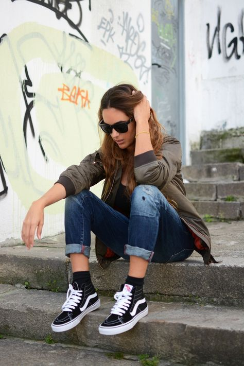 12 Vans hi Sk8 shoes outfits ideas   vans outfit, casual outfits ...
