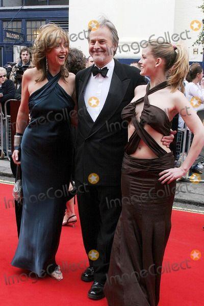 Alice Eve 600 X 400 Arms Armpits Tv Awards Celebrities