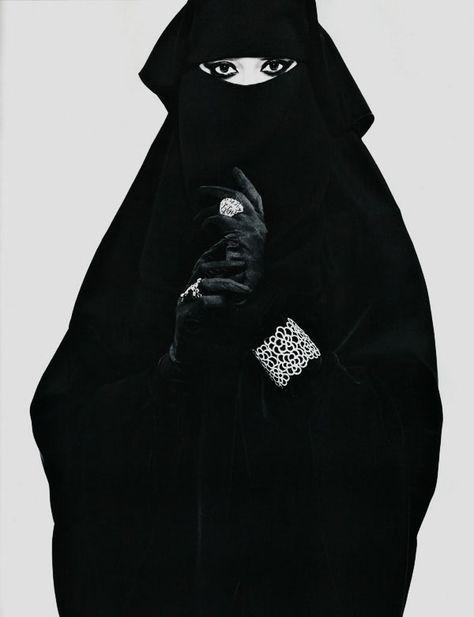 Jean-Baptiste Mondino, Féminité (Dé)voilée
