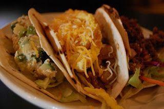 Street Food, Cuisine du Monde: Recette de tacos au poulet et à l'avocat (Mexique)