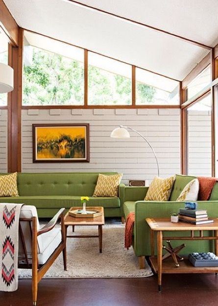 Discover The 5 Reasons We Keep On Loving Mid Century Modern Architecture S Mid Century Modern Living Room Mid Century Modern Interiors Mid Century Modern House