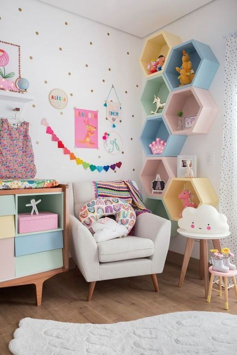 Mommy experts share Kid's Bedroom Storage Ideas That Are A Must See! Clever Storage and Beautiful Designs Create the Perfect kids room design also for a toddler Boy room and toddler girl room Baby Room Shelves, Kids Bedroom Storage, Wall Shelves, Nursery Shelves, White Shelves, Shelving, Playroom Shelves, Playroom Wall Decor, Hanging Shelves