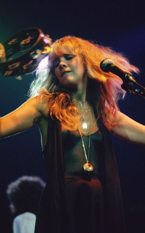 Stevie Nicks at Madison Square Garden, 1977 Madison Square Garden, Joan Jett, Queen Freddie Mercury, Foo Fighters, Black Sabbath, Mick Jagger, Graceland, Rolling Stones, Elvis Presley