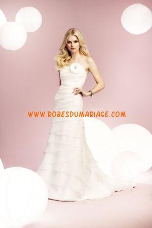 Mikaella sans bretelle ornée de fleur en organza robe bustier robe de mariée longue
